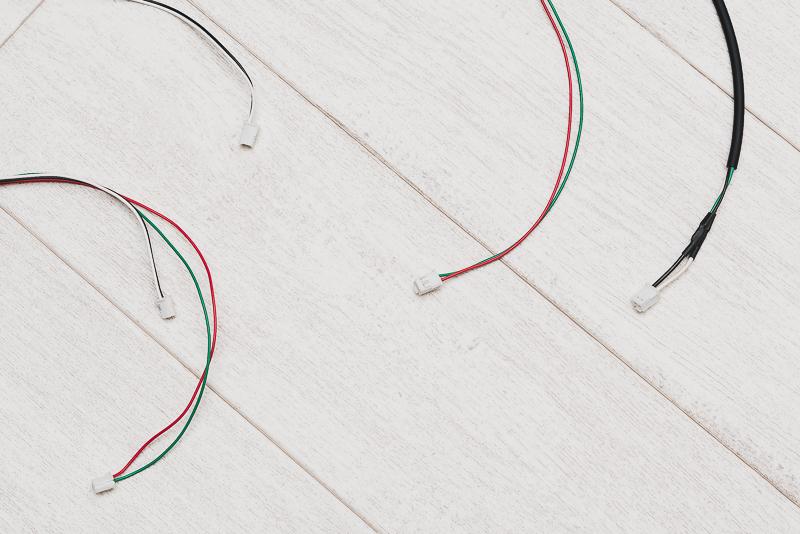 コネクタの形状が異なる