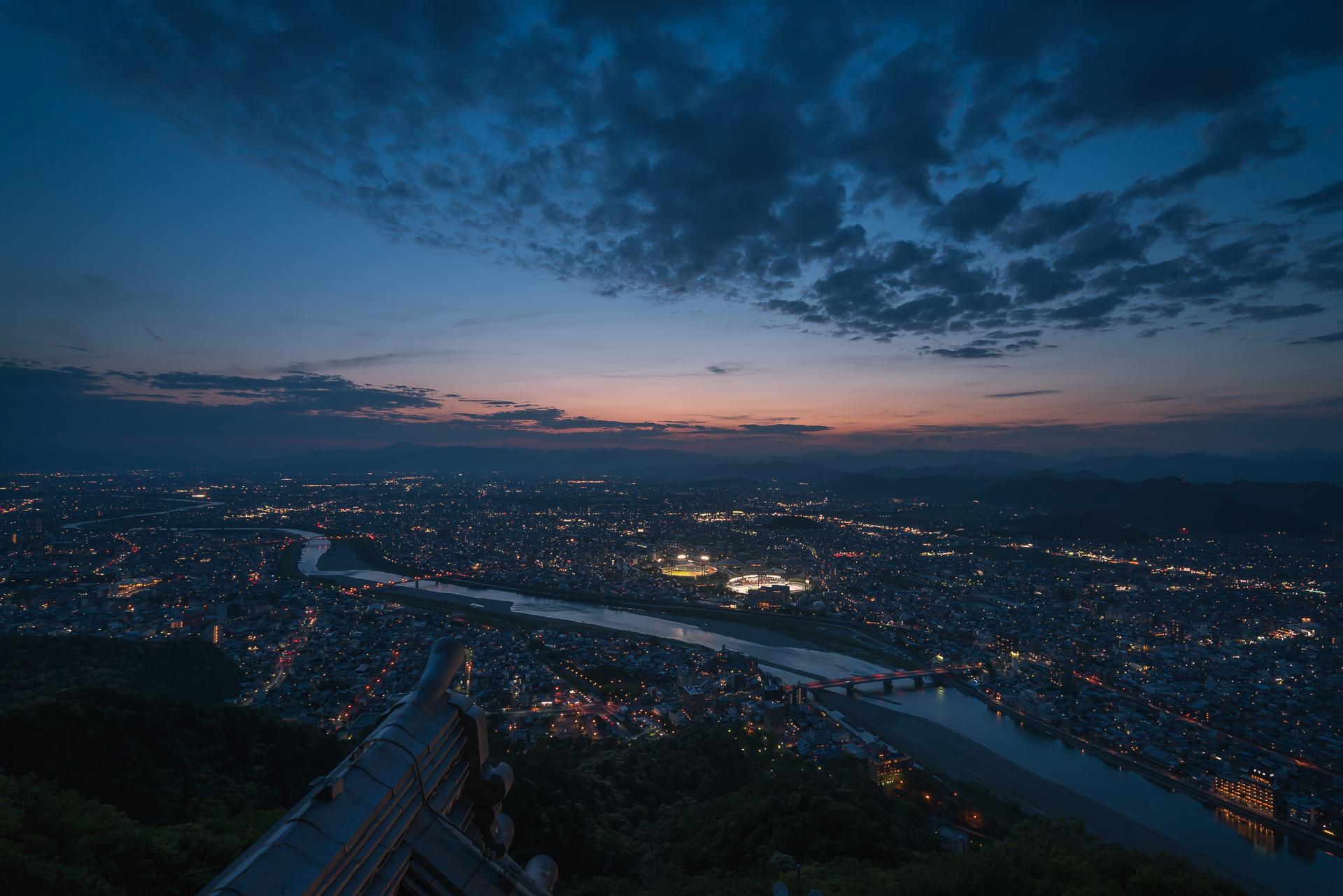 岐阜県「金華山・岐阜城(夜景)」の行き方と撮影スポット