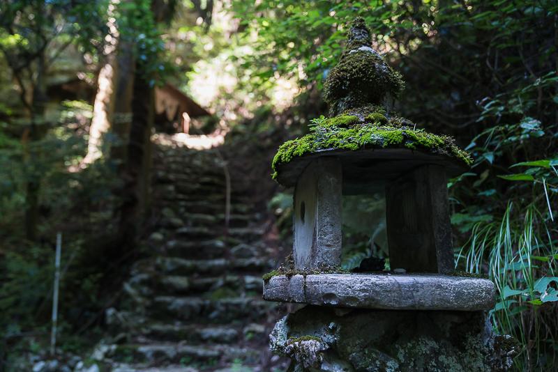 岩門の滝注意
